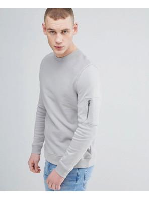 Sweatshirt-With-Pocket-In-Grey