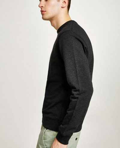Men-Black-Sweatshirt