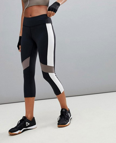Training-Colorblock-Capri-Legging