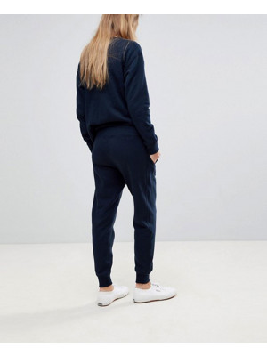 Women-Custom-Online-Fleece-Design-Tracksuit