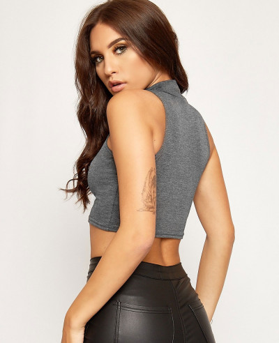 Basic Sleeveless Turtleneck Crop Top