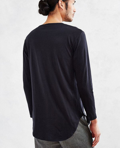 Most Selling Men Stylish Curved Hem Long Sleeve Tee