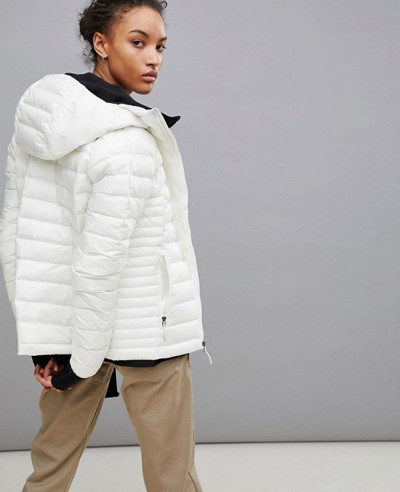 New Stylish Women Custom White Quilted Padded Jacket