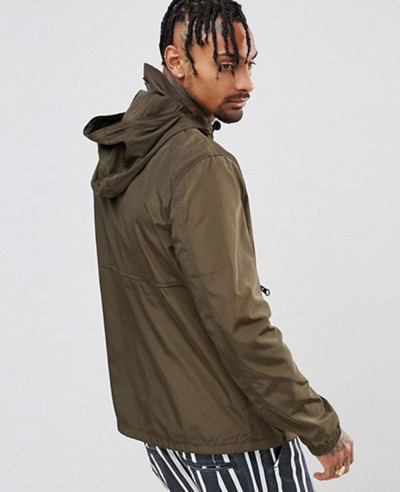 Overhead Windbreaker With Zipper in Khaki Jacket