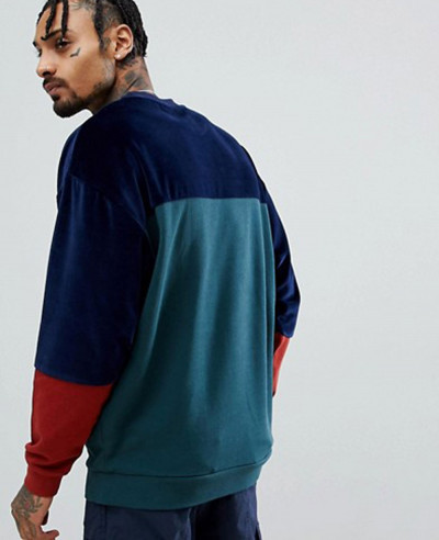 Oversized Longline Sweatshirt In Green Velour Colour Block