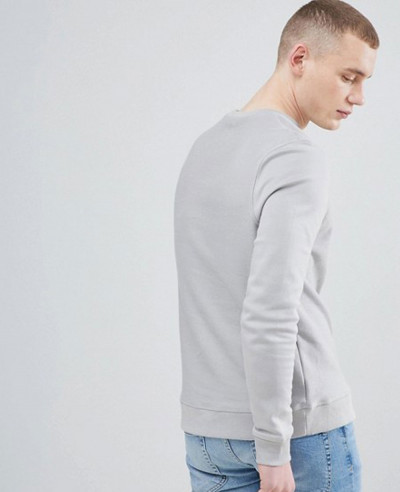 Sweatshirt-With-Pocket-In-Grey