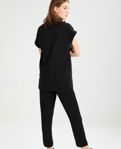 Women-Black-Printed-T-Shirt