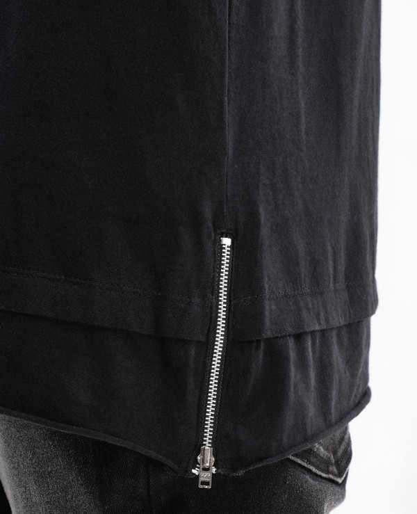 Longline-With-Studs-At-Pocket-Side-Zipper-Men-T-Shirt
