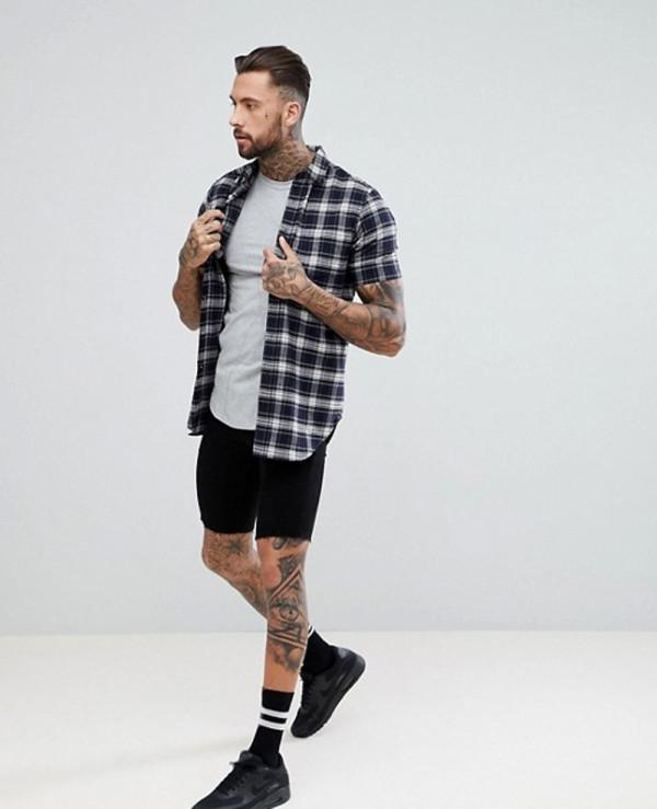 Men-Longline-Muscle-Fit-T-Shirt-In-Grey