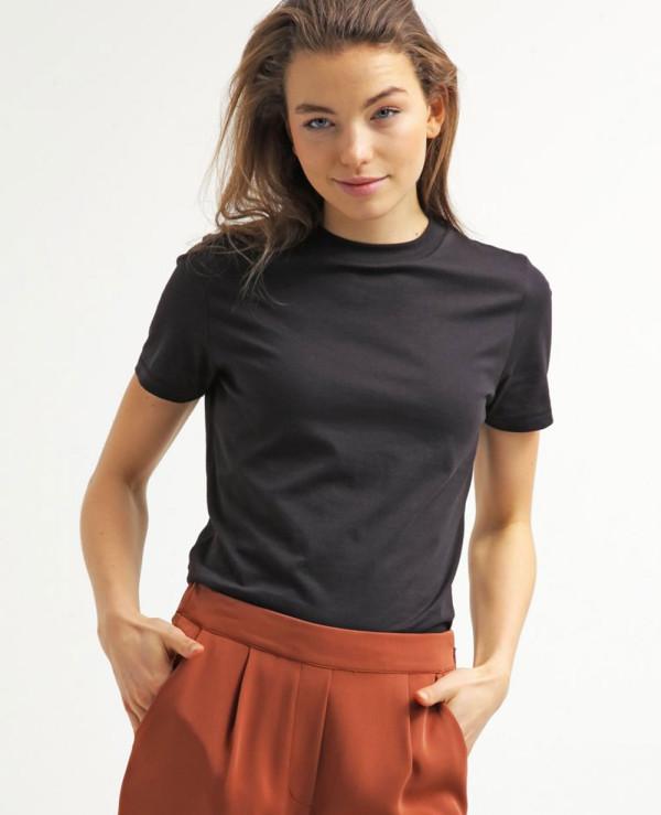 Women-Cropped-Basic-T-Shirt