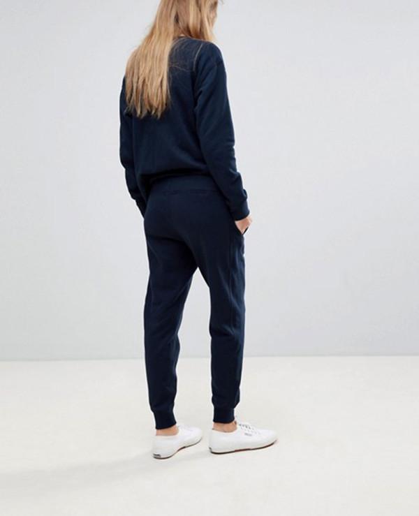 Women-Custom-Online-Fleece-Design-Tracksuit
